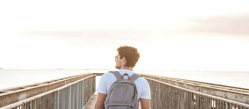 giv et tilskud til studentens rejse i sabbatåret