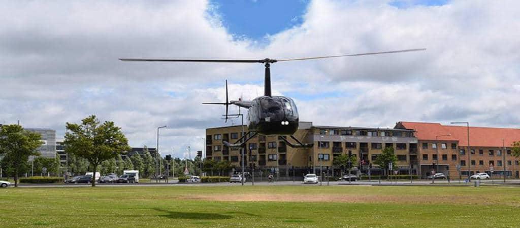 Giv den fede helikopter rundflyvning i gave